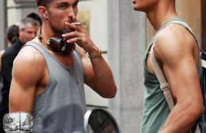 male-models-street-style-2011-august-22-600x399